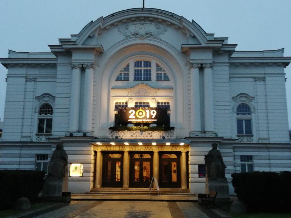 Stawka VAT na zajęcia teatralne